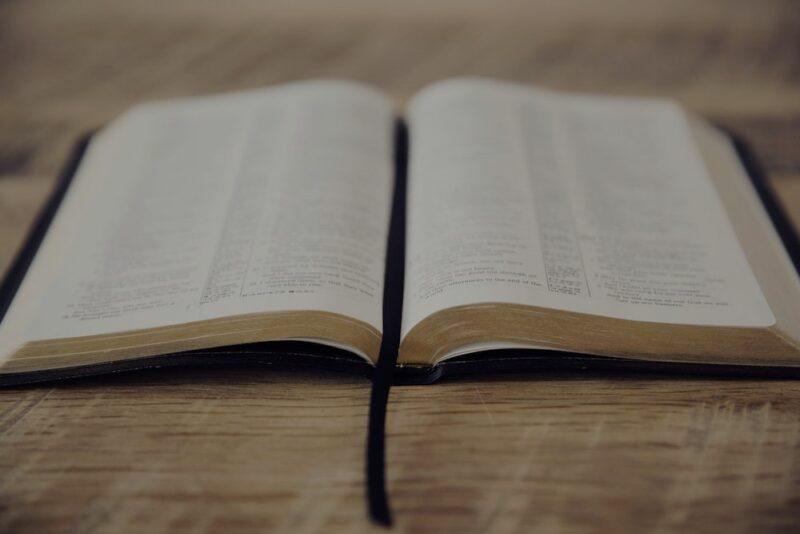 La descrizione di coloro che apostatano dalla fede